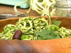 Zucchinipasta i mintpesto